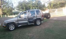 I'm selling jeep Cherokee 3.7L V6