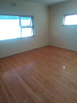 large room to rent in bellville boston