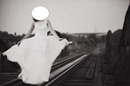 Ślubna zalega w szafie OKAZJA