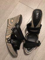 Klapki Mango czarne sandały