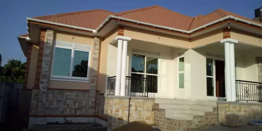 specious new palace hom on quick sale kitende ntebe rd pavers 2the hse 0