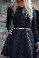 Pikowana czarna sukienka o rozkloszowanym kroju, rozmiar S/M