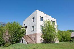 Продам дом в Житомирской обл. 244кв.м. 1.9га предусадебной земли!