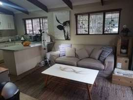 Stunning Lofted Apartment in Lovely Area (incl W&L and Wi-Fi)