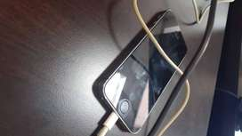 Ihone 5S 16GB, in mint condition