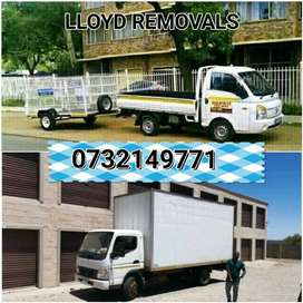 BAKKIE AND TRUCKS AND HIRE