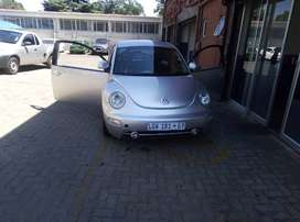 VW BEETLE 10YEARS GOOD CONDITION DRIBEN BY OLD LADY