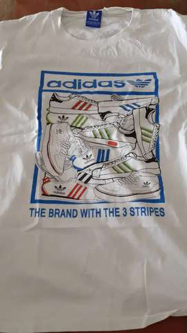 ADIDAS MEDIUM T SHIR AND DONT HOODIE
