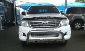 TOYOTA HILUX 2.5 D4D 4X4 DOUBLE CAB WITH CANOPY
