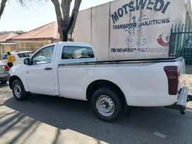 ISUZU KB250 SINGLE CAB LONG BASE LOW RIDER IN EXCELLENT CONDITION