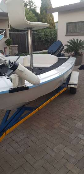 14 ft bass boat