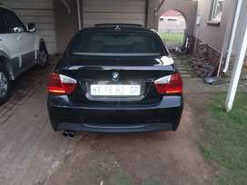 BMW 325 is 2.5 automatic