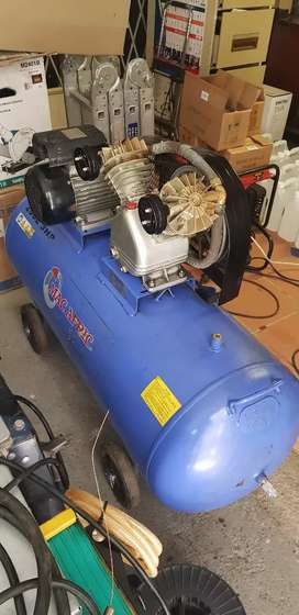 Mac Afric 200L V Head Heavy Duty Compressor