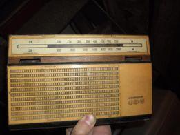 Радиоприёмник Альпинист 405 времён СССР