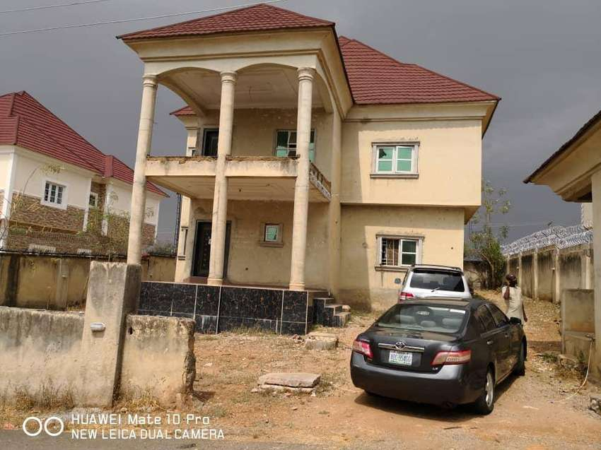 A 4 bedrooms duplex for sale @ life camp after Godab Estate, Jabi 0