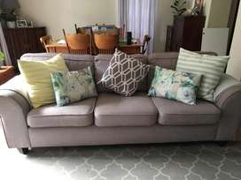 3 seater couch for sale