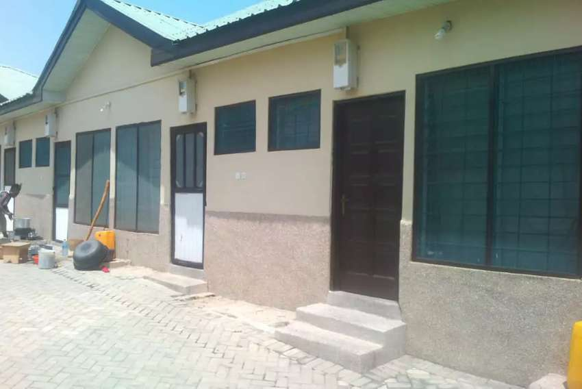 Chamber and hall self contain for rent at ironcity off kasoa road. 0
