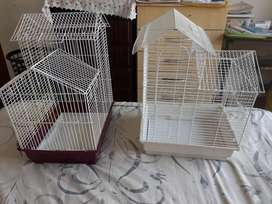 Buggie and lovebirds caged for sale like new