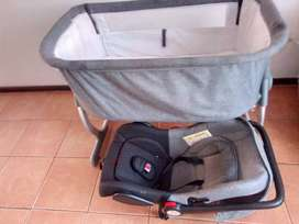 Baby cot and chelino car seat for sale