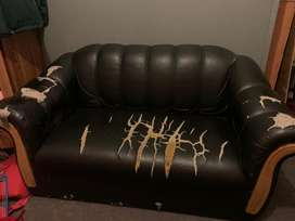 Leather couch for sale - R800 neg
