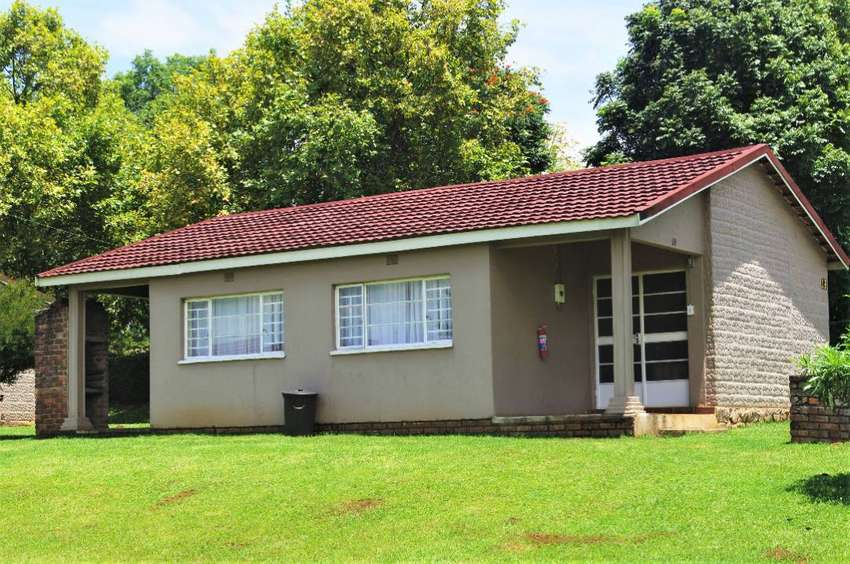 Holiday Chalet for sale in Graskop.