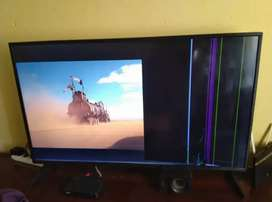 JVC 49 INCH tv (CRACKED SCREEN)