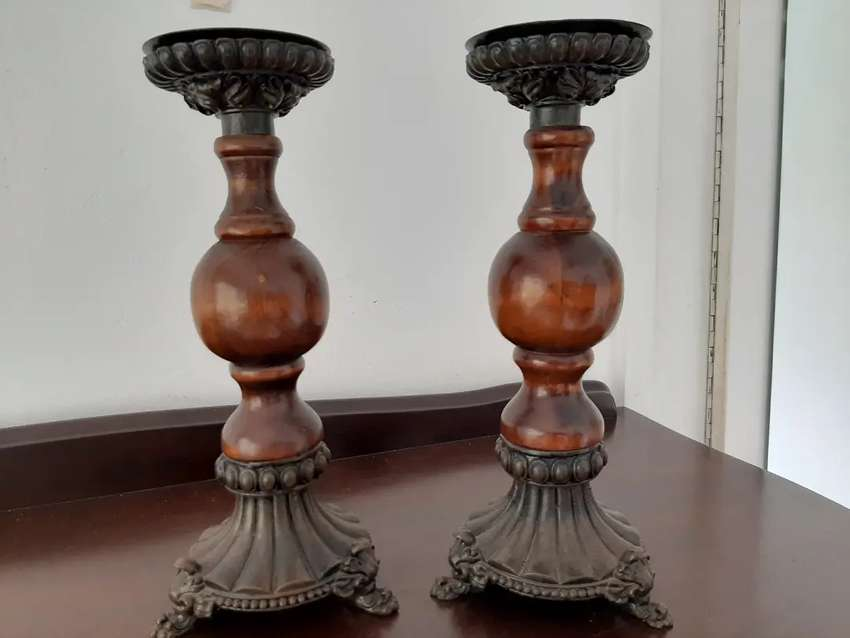Wooden candle sticks 0