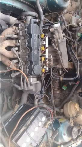 Selling opel spares cambox camshaft injectors & lume trotle body