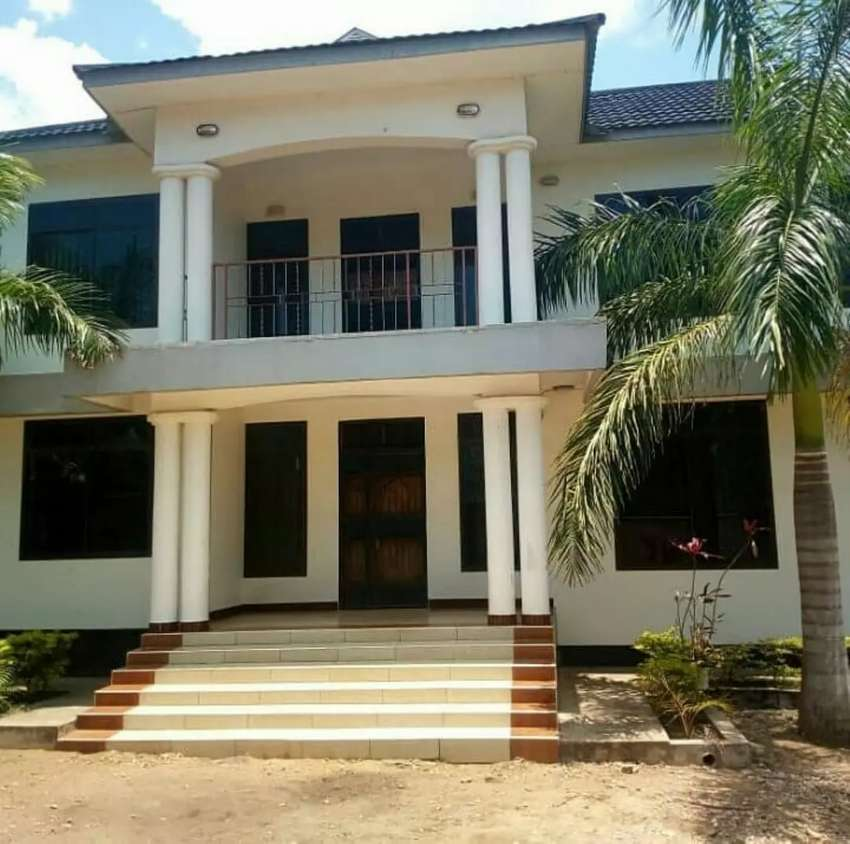 New bungalow House for sale Madale center. 0
