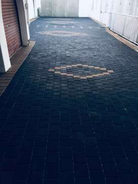 PAVING specialist with guaranteed Top Quality. FREE  QUOTES.
