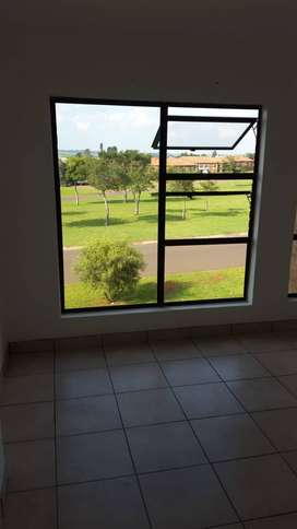2 bed townhouse for rent