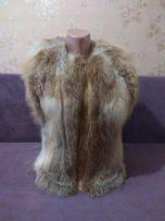 Меховая жилетка из натурального меха лисы