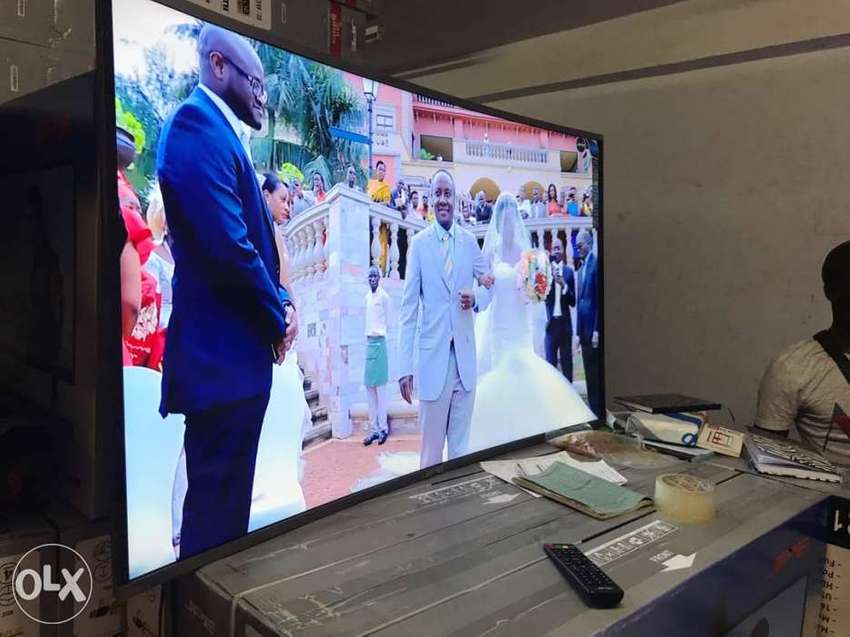Smart curved 55 inch TVs 0