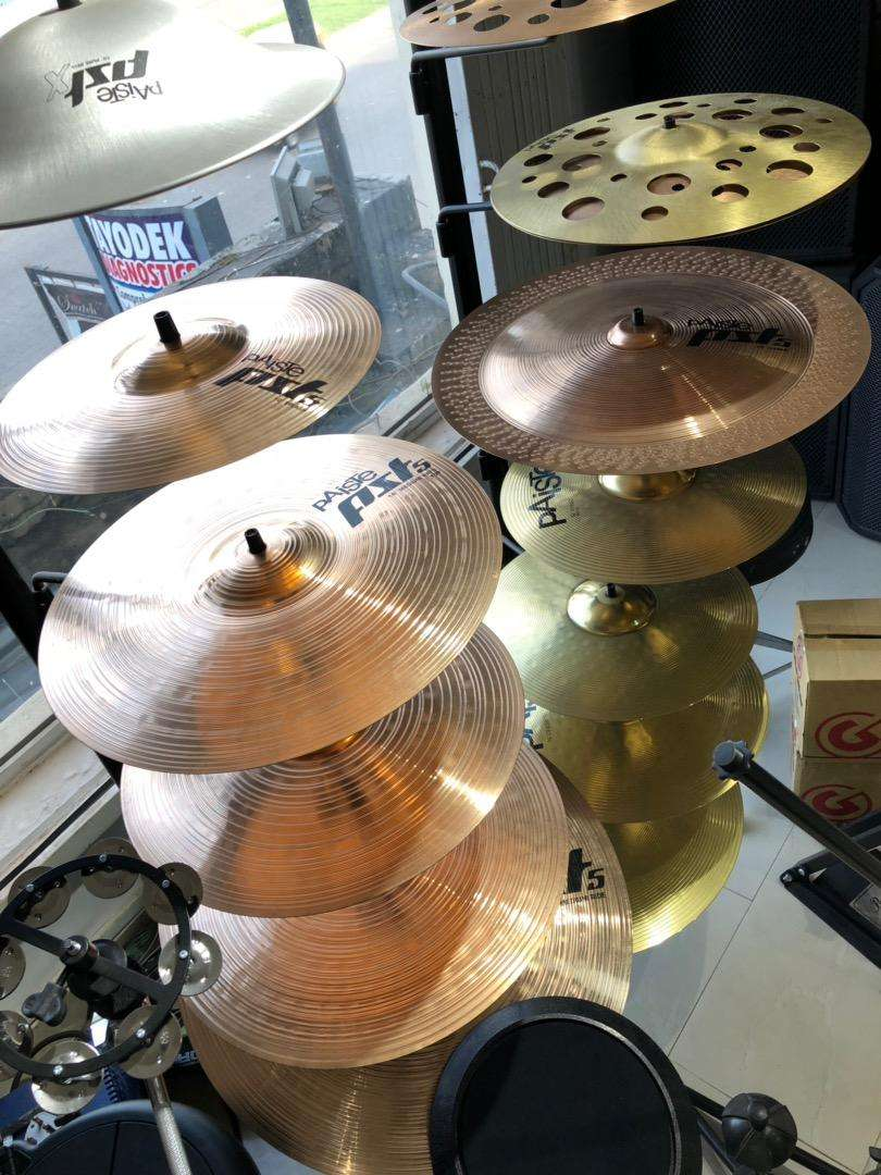 Paiste 5 complete set of drum cymbals 0