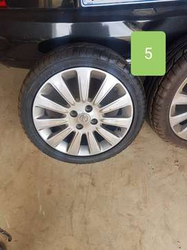 Nissan Juke mag rims and tyres for sale