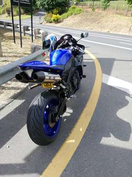 2014 Yamaha r1 big bang
