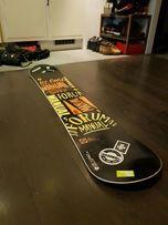 Deska snowboardowa FORUM MANUAL
