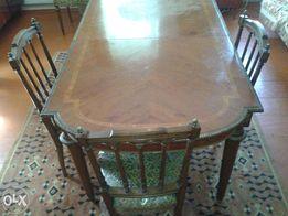 антикварная мебель в гостинную