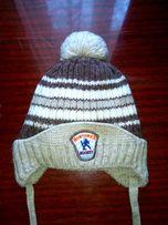 Продам детскую зимнюю очень теплую шапочку