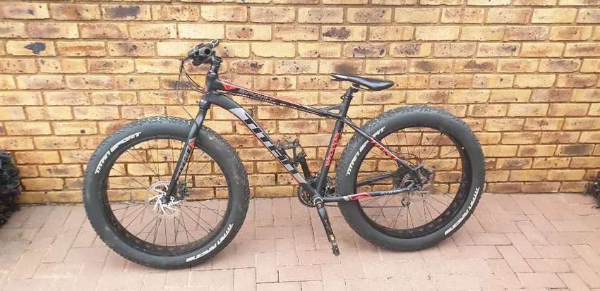 Titan Whopper Fatbike used, decent condition. 0