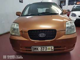 2005 KIA PICANTO WITH LEATHER SEATS