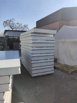Freezer and cold room panels