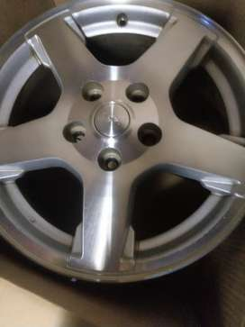 Original Jeep grand cherokee limited edition rims
