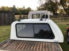 Canopy for dbl cab bakkie colt rodeo