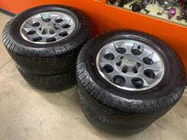 "17"" 6/139 mags and tyres"