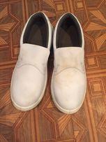 Спец обувь с железными носками фирмы KATРазмер 44( на ногу 42-43)новые