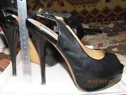 Женские босоножки на каблуке, 38 размер, новые, 300 грн