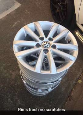 Original Polo Vivo 14 inches rims