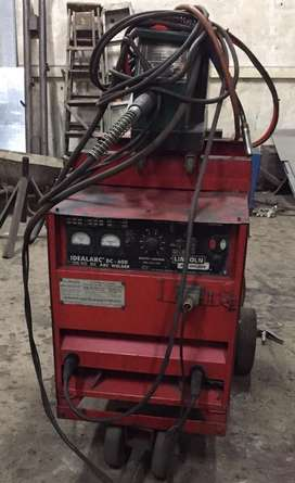 Lincoln Co2/arc welding machine
