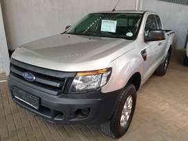~2014 Ford Ranger 2.2TDCI Supercab-Only R199900-FSH-New Tyres